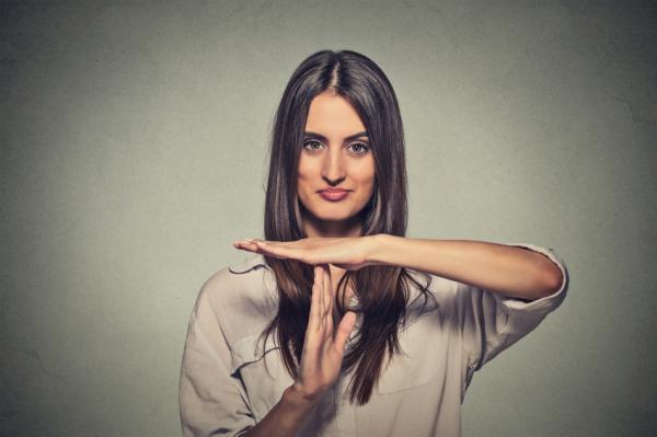 Dolor en la nuca: causas - Dolor de nuca y cuello por estrés