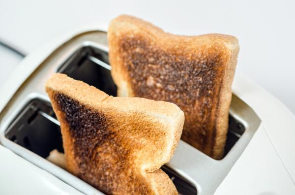 ¿Comer tostadas quemadas puede causar cáncer? - La acrilamida, sospechosa de provocar cancer