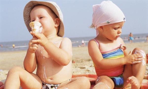 ¿Pueden comer helados los bebés?