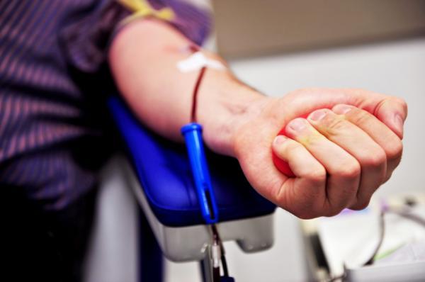 ¿Puedo donar sangre con triglicéridos altos?