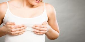 Punzadas en los senos: causas