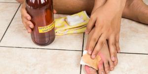 ¿El vinagre blanco o de manzana sirve para tratar los hongos en la piel?