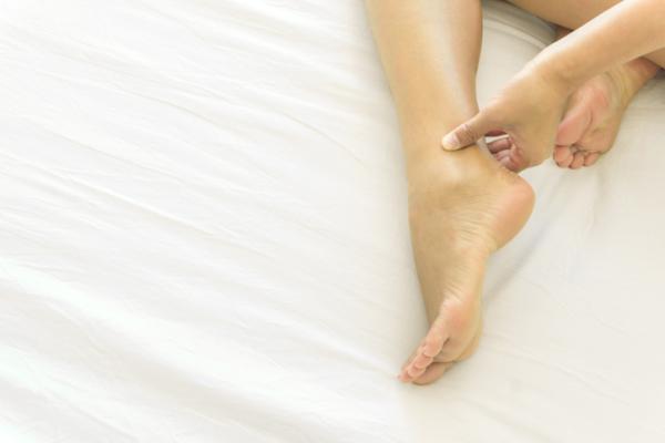 Cómo deshinchar los pies