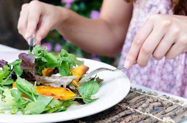 Por qué no adelgazo si hago dieta - Establece un horario