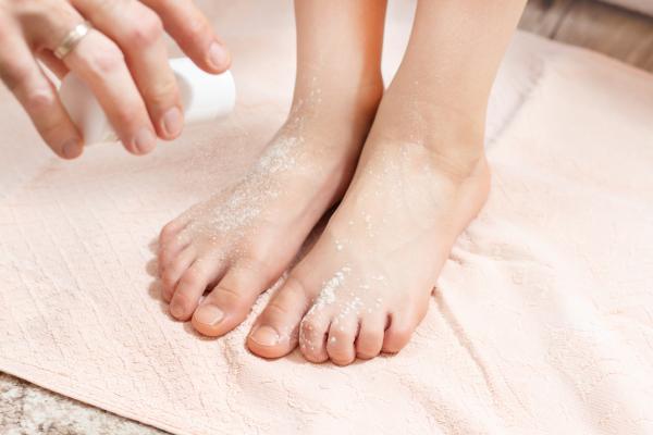 Heridas entre los dedos de los pies: por qué salen y cómo curarlas - Cómo prevenir heridas entre los dedos de los pies