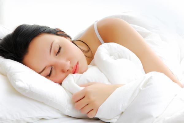 Remedios caseros para aumentar la energía - Duerme 8 horas