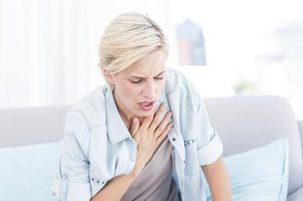Fibrosis pulmonar: causas, síntomas y tratamiento - Síntomas de la fibrosis pulmonar