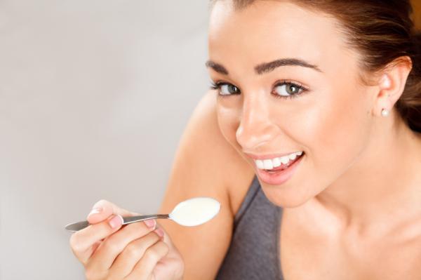Remedios caseros para la inflamación pélvica - Yogur probiótico