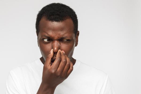Pérdida de olfato y gusto: causas y tratamiento