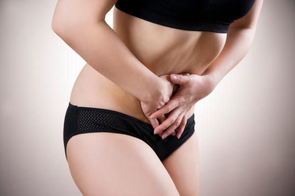Dolor debajo del ombligo: causas - Dolor debajo del ombligo en mujeres: causas