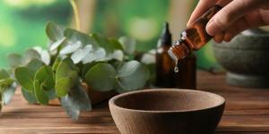 Aceite de árbol de té para la cara: beneficios y cómo usarlo