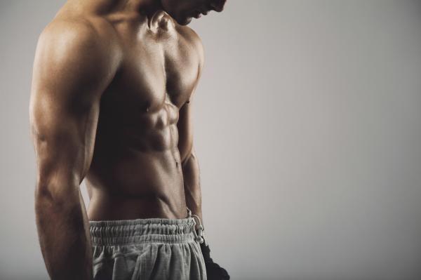 Por qué tengo los abdominales torcidos