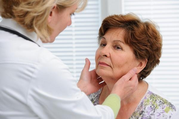 Por qué tengo un bulto detrás de la oreja - Bulto detrás de la oreja: ganglios linfáticos