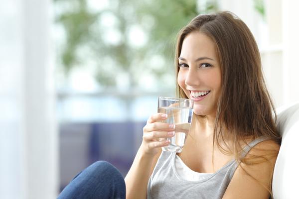 Cómo hidratar la piel de la cara con remedios caseros - Cómo hidratar la piel desde dentro