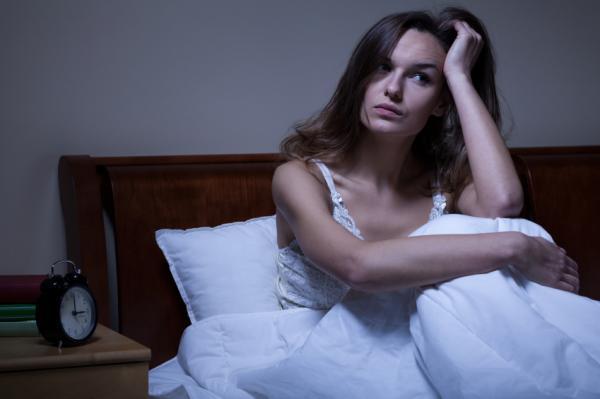 Reflujo gástrico nocturno: síntomas, causas, tratamiento y remedios - Causas y síntomas del reflujo gástrico nocturno