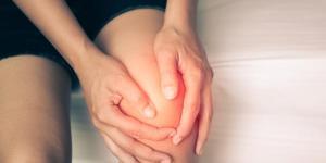 Dolor de rodilla en reposo: causas y tratamiento