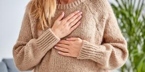 Calambres en el pecho: causas y tratamiento