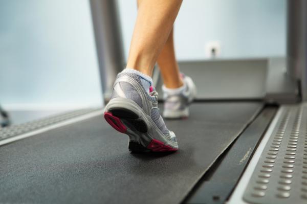 Por qué salen ampollas en los pies y cómo curarlas - Uso de un calzado inadecuado