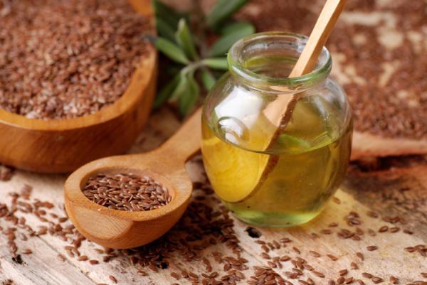 Aceite de linaza: propiedades y beneficios - Aceite de linaza: efectos adversos y precauciones