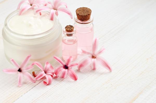 Cómo usar aceite de rosa mosqueta para cicatrices de acné - Aceite de rosa mosqueta para cicatrices de acné: cómo usarlo y aplicarlo