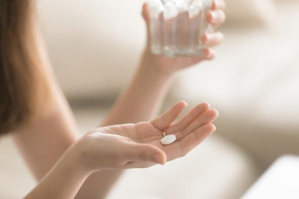 Calor en la cara: causas y tratamiento - Algunos medicamentos