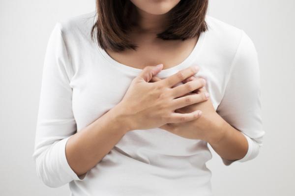 Dolor en el pecho del lado izquierdo: causas y tratamientos - Dolor en el pecho por ansiedad