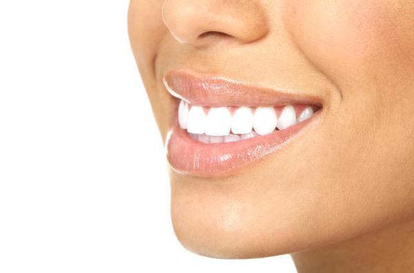Alimentos que blanquean los dientes - Consejos para tener dientes más blancos