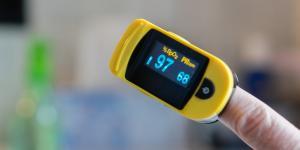Para qué sirve el oxímetro de pulso y cómo leerlo