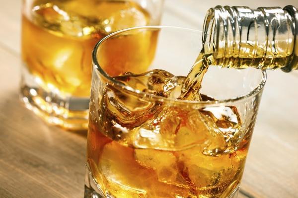 Alimentos que dañan el páncreas - Alcohol