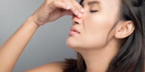 Nariz inflamada por dentro: causas, tratamiento y remedios