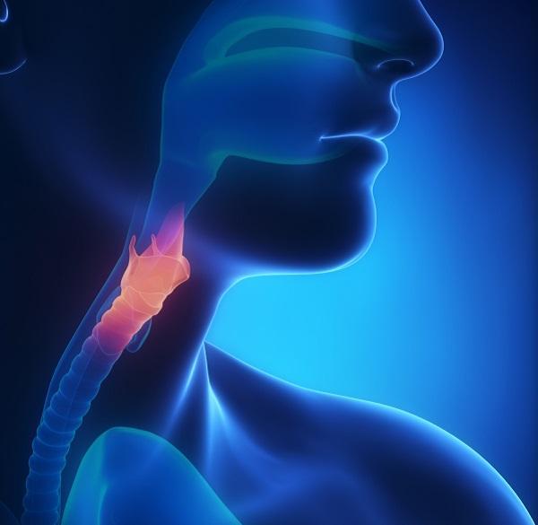 Por qué me duele el pecho al tragar - Disfagia