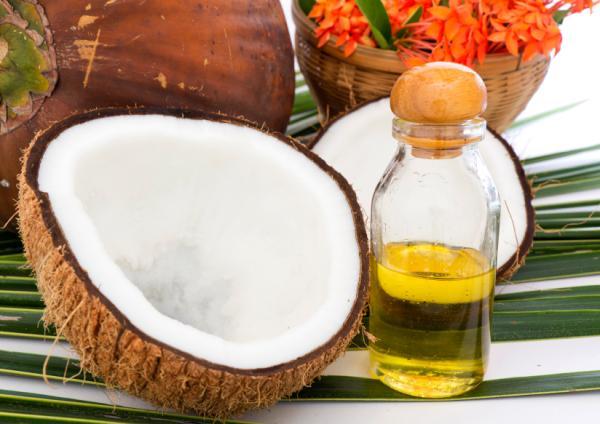Aceite de coco, propiedades antifúngicas