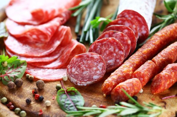 Los 10 peores alimentos para la salud - Carnes procesadas, son peores que una suegra que te odia