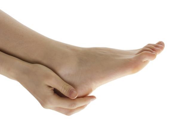 Tendón de Aquiles inflamado: causas, tratamiento y remedios