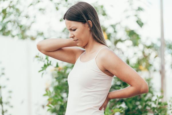 Pinchazos en el cuerpo: causas y tratamiento