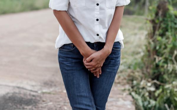 Dolor en la ingle al andar: causas y tratamiento