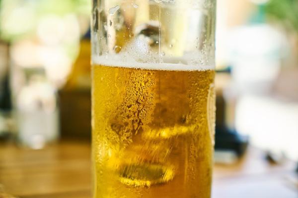 ¿Se puede tomar alcohol con fiebre? - ¿Se puede beber alcohol con fiebre?
