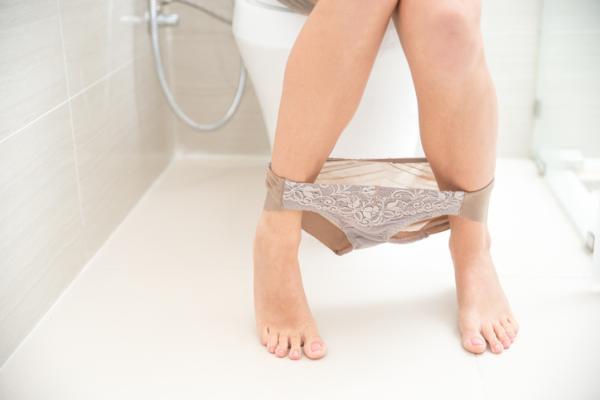 Olor fuerte en la orina de la mujer: causas y tratamiento - Infección urinaria