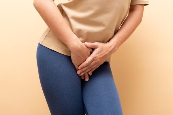 Olor fuerte en la orina de la mujer: causas y tratamiento - Infección vaginal
