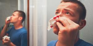 Por qué me sale sangre por la nariz todos los días