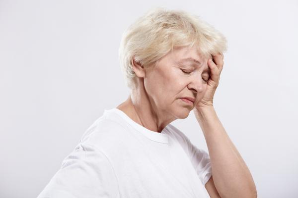 Dolor de cabeza después de comer: causas y tratamiento - Causas del dolor de cabeza después de comer
