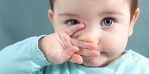 Mocos con sangre en bebés: ¿a qué se debe?