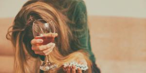¿Qué pasa si tomo sertralina y alcohol?