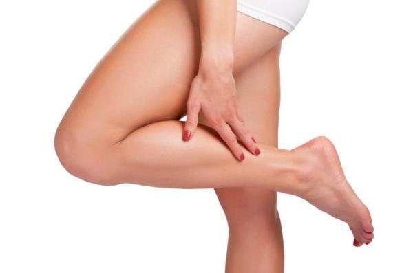 Formigamento nas pernas e pés: causas - Retenção de líquidos