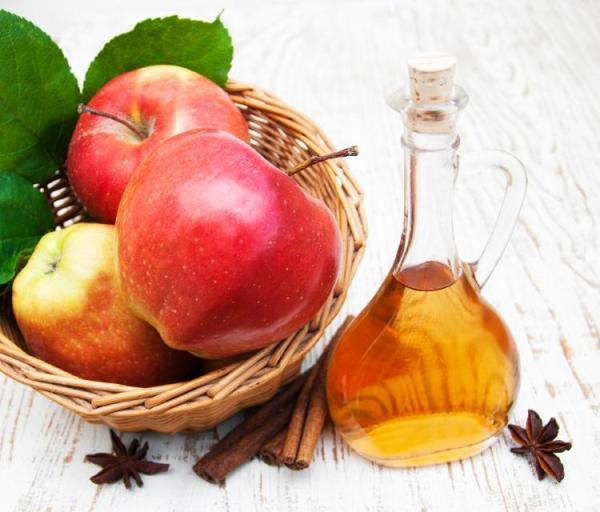 Remédio caseiro para dor de garganta - Vinagre de maçã para garganta