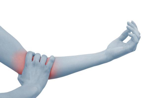 Dor no braço direito, o que pode ser? - Dor por nervo comprimido