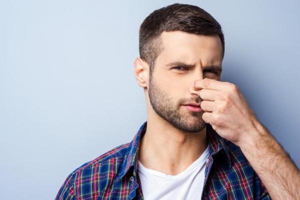 Mau cheiro no nariz: o que pode ser