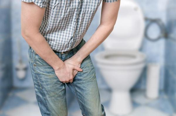 Dor no pênis ao urinar, o que pode ser? - Dor no pênis e ardência ao urinar: DST