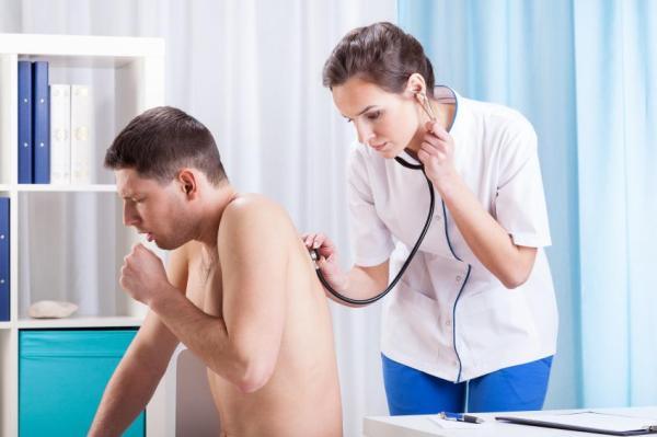 Dor na costela ao tossir, o que pode ser? - Outras causas da dor na costela ao tossir