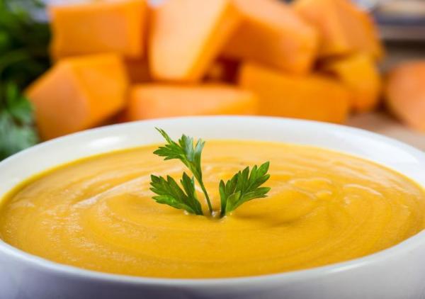 O que comer depois de tirar o siso - O que comer quando tira o siso: caldos, cremes ou sopas